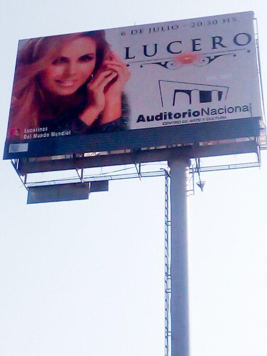 ESPECTACULARES LUCERO FELICES38